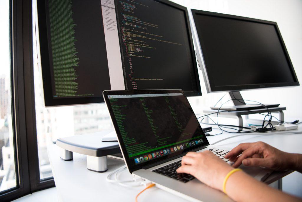 Desenvolvendo a parte técnica para empreender desenvolvendo sites